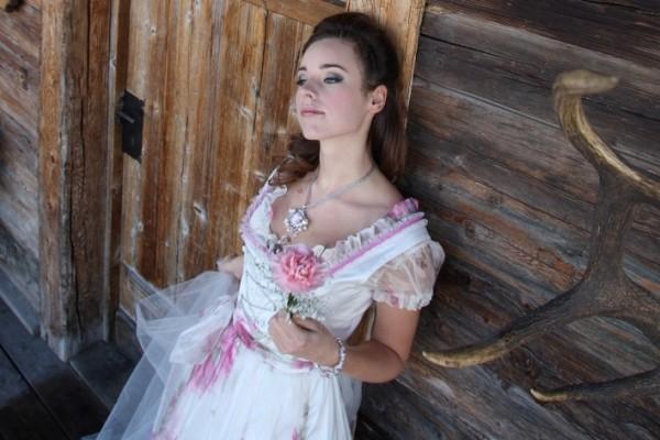Braut, Brautkleid, Weddingdress, Hochzeit, Brautdirndl, La Kopé