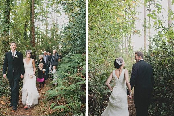 Hochzeit, Trauung im Wald, gemeinsamer Spaziergang