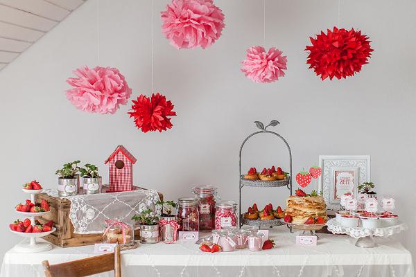 Candy Table, Erdbeeren, Frühling, Hochzeit