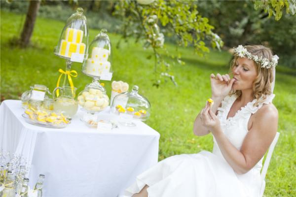 Sweet Tabel, gelb, Braut, Hochzeitstorte