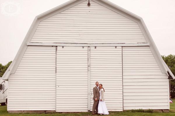 Hochzeit, Scheunenhochzeit, Landhochzeit, Brautpaar