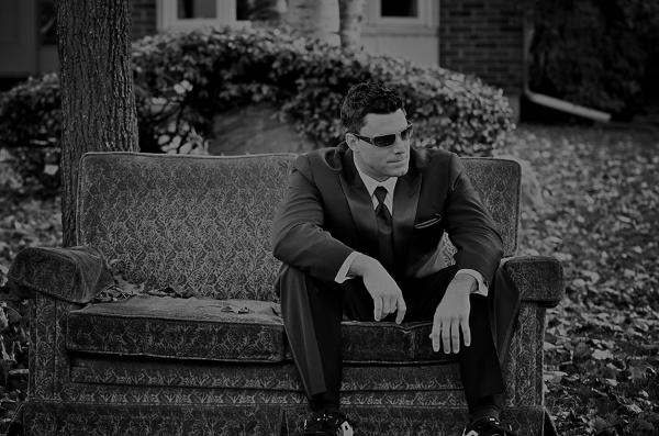 Hochzeit, Bräutigam wartet