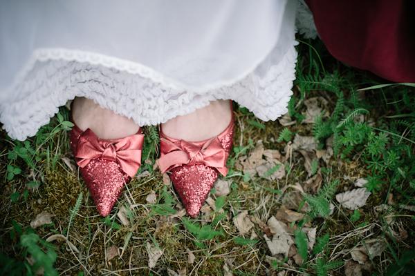 Inspirationsshooting, Hochzeit, Verrueckt nach Hochzeit, Siegrid Cain, Brautschuhe