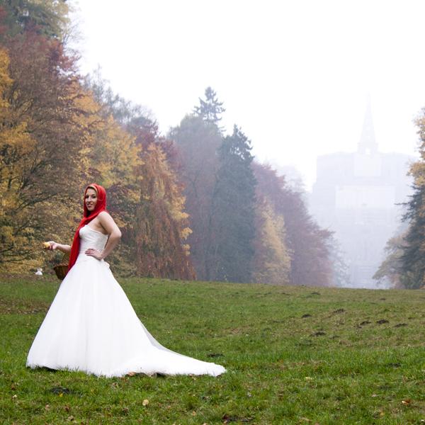 Rotkäppchen. Braut, Hochzeit