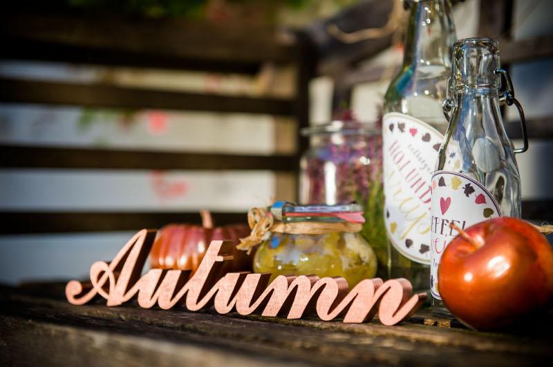 kupferne Herbsteszeit - ein Inspirations Shooting für die Herbsthochzeit auf dem Land