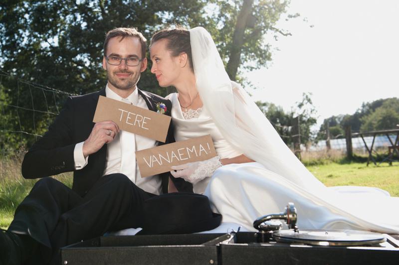 Hochzeit aus dem wahren Leben auf Verrückt nach Hochzeit: DIY Hochzeit in Hamburg von Kathrin Stahl - Shooting mit Fotoprops