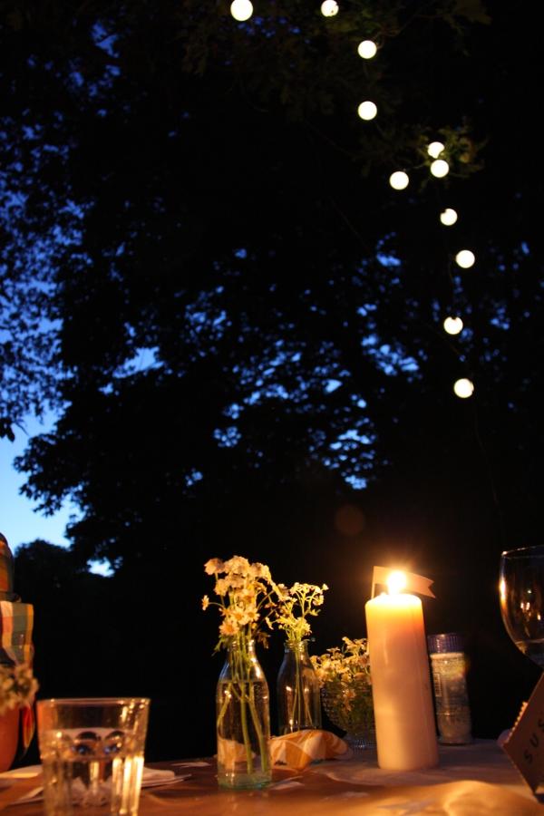 Verruecktnachhochzeit Pop up Dinner: Solarlichterkette von Ikea