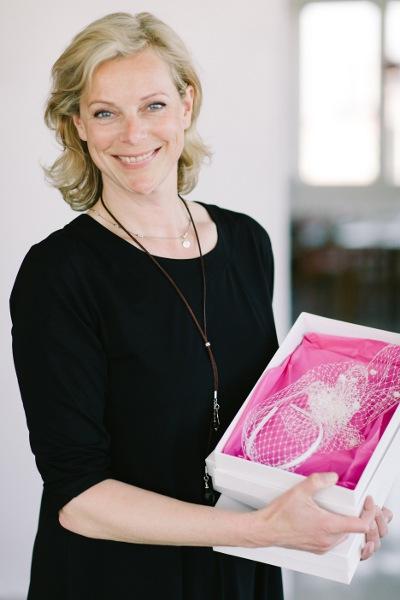 Verruecktnachhochzeit Sepndenaktion im Advent fuer oxfam: Katharina Michel von BelleJulie
