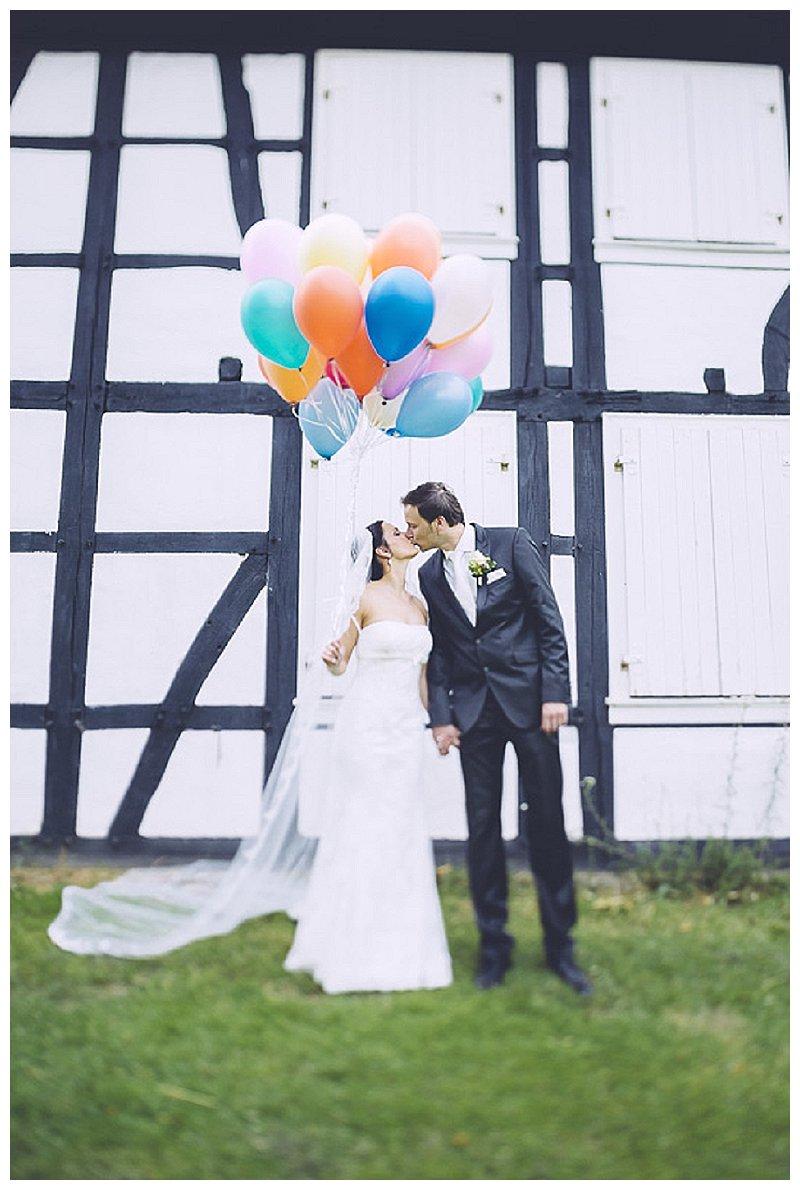 diebahrnausen_Kim_Nils_HausKemnade_Hattingen_088_Verrueckt nach Hochzeit_echte Hochzeit_Ruhrgebiet_NRW_DIY