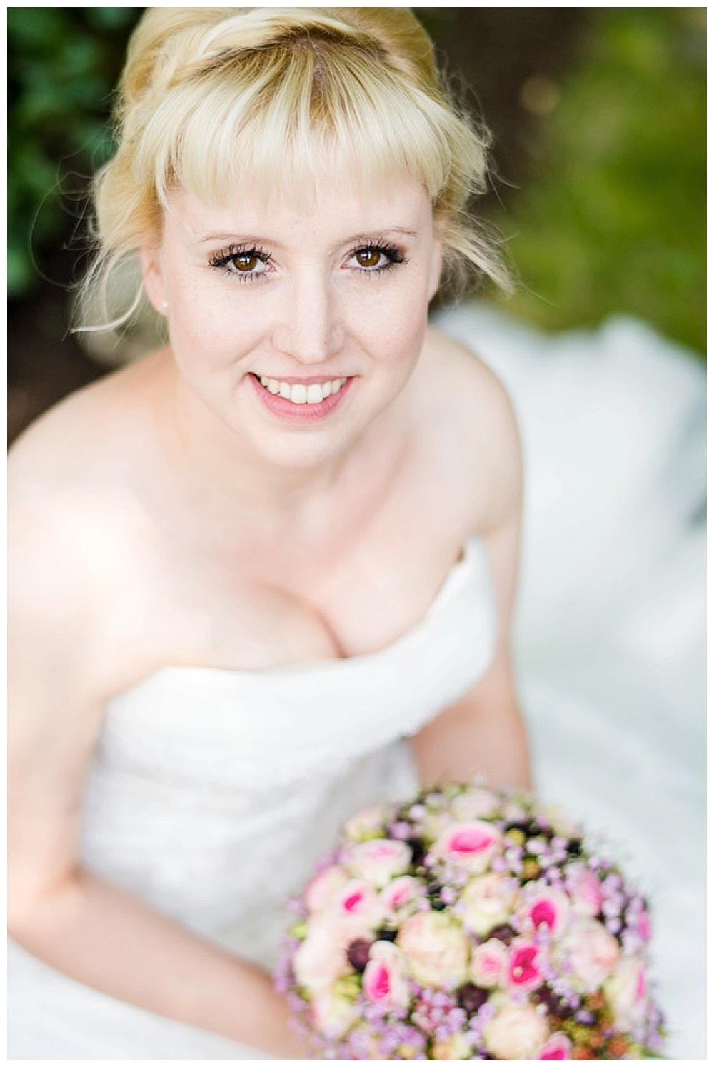 rebeccaconte-455_echte Hochzeit_Vintage_Sommer_rosa_Mühle_Tübingen